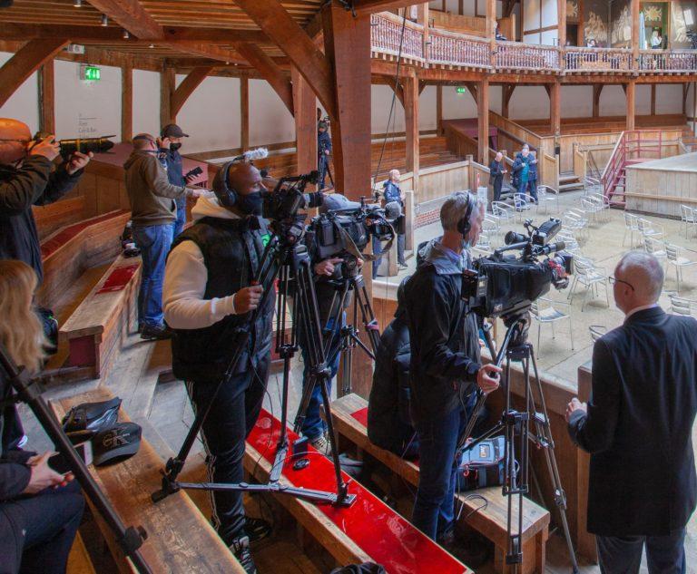 Globe Theatre - Behind the scenes